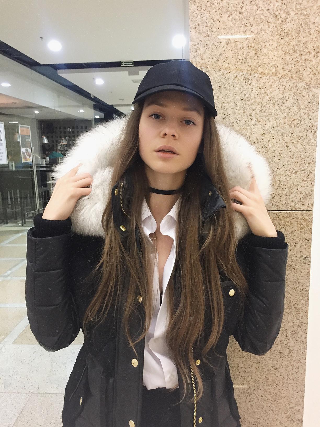 Fashion blogger model Tanya She Snow Queen 4